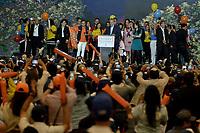 BOGOTA - COLOMBIA, 27-05-2018: Ivan Duque, candidato presidencial por le partido Centro Democrático durante su alocución después de salir ganador en la jornada electoral hoy, 27 de mayo de 2018. Las elecciones presidenciales de Colombia de 2018 se celebrarán el domingo 27 de mayo de 2018. El candidato ganador gobernará por un periodo máximo de 4 años fijado entre el 7 de agosto de 2018 y el 7 de agosto de 2022. / Ivan Duque, presidential candidate for the Centro Democratico party, during his speech after winning on election day today, May 27, 2018. Colombia's 2018 presidential election will be held on Sunday, May 27, 2018. The winning candidate will govern for a maximum period of 4 years fixed between August 7, 2018 and August 7, 2022.. Photo: VizzorImage / Gabriel Aponte / Staff