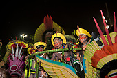 Imperatriz Leopolinense Samba School, Carnival, Rio de Janeiro, Brazil, 26th February 2017. Chiefs Raoni Metuktire and Megaron Txucarrhamãe aboard the float.