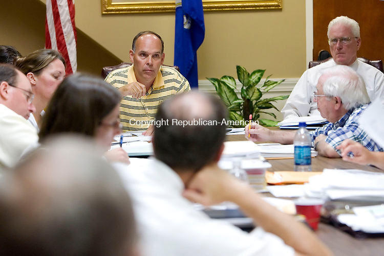 MIDDLEBURY, CT- 09 JULY 2008- 070908JT07-<br /> Jonathan Dayton, chairman of the Board of Finance, speaks during Wednesday's Board of Finance meeting at Town Hall. The meeting was to draft the town's third budget. <br /> Josalee Thrift / Republican-American