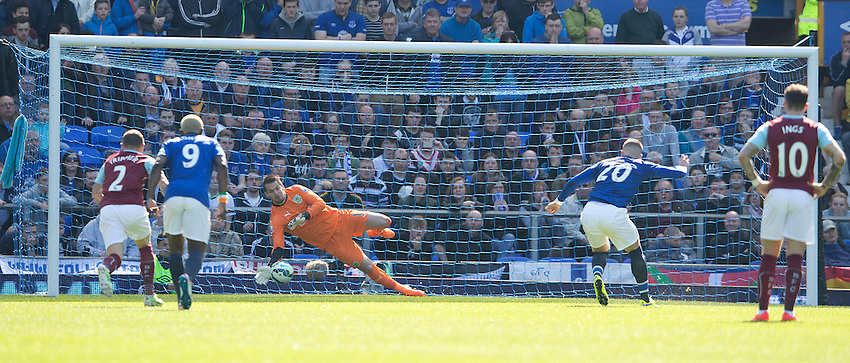 Burnley's Thomas Heaton saves this penalty shot from Everton's Ross Barkley<br /> <br /> Photographer Stephen White/CameraSport<br /> <br /> Football - Barclays Premiership - Everton v Burnley - Saturday 18th April 2015 - Goodison Park - Everton<br /> <br /> &copy; CameraSport - 43 Linden Ave. Countesthorpe. Leicester. England. LE8 5PG - Tel: +44 (0) 116 277 4147 - admin@camerasport.com - www.camerasport.com