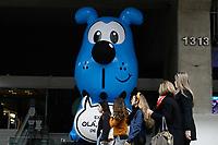 SÃO PAULO, SP, 17.07.2019: EXPOSIÇÃO-OLÁ-MAURICIO-FIESP-SP - O personagem Bidu da Turma da Mônica é visto em frente a Federação das Indústrias do Estado de São Paulo (FIESP), na avenida Paulista, região central de São Paulo, nesta tarde de quarta-feira, 17. O Bidu gigante é para a divulgar a exposição Olá, Mauricio!, que retrata a experiência de Mauricio de Sousa nesses 60 anos de trajetória e quase 500 personagens criados. A exposição começa hoje e vai até o dia 15 de dezembro, no Centro Cultural Fiesp. (Foto: Fábio Vieira/FotoRua)