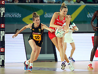04.09.2016 England's Joanne Harten and South Africa's Karla Mostert in action during the Netball Quad Series match between England and South Africa played at Margaret Court Arena in Melbourne. Mandatory Photo Credit ©Michael Bradley.
