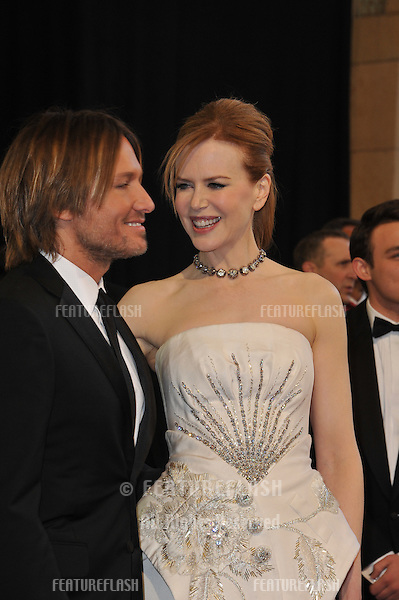 Nicole Kidman & Keith Urban at the 83rd Annual Academy Awards at the Kodak Theatre, Hollywood..February 27, 2011  Los Angeles, CA.Picture: Paul Smith / Featureflash