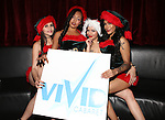 VIVID CABARET NYC CELEBRATES THE HOLIDAYS WITH  FORMER Ny METS PLAYER LENNY DYKSTRA
