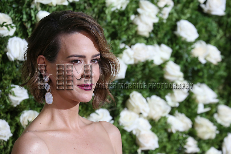 NEW YORK, NY - JUNE 11:  Sarah Paulson attends the 71st Annual Tony Awards at Radio City Music Hall on June 11, 2017 in New York City.  (Photo by Walter McBride/WireImage)