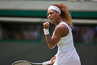 27-06-13, England, London,  AELTC, Wimbledon, Tennis, Wimbledon 2013, Day four, Serena Williams (USA) wins<br /> <br /> <br /> <br /> Photo: Henk Koster