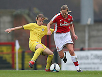 Jayne Ludlow of Arsenal evades the tackle of Katerina Doskova - Arsenal Ladies vs Sparta Prague - UEFA Women's Champions League at Boreham Wood FC - 11/11/09 - MANDATORY CREDIT: Gavin Ellis/TGSPHOTO - Self billing applies where appropriate - Tel: 0845 094 6026