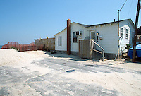 1989 April 18..East Ocean View.Cottage Line.9716 11TH BAY...NEG#.NRHA#..