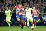 Club Atletico de Madrid's Rodrigo Hernandez (R) and Futbol Club Barcelona's Sergi Roberto  during La Liga match. November 24,2018. (ALTERPHOTOS/Alconada)