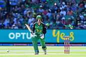 10th February 2019, Melbourne Cricket Ground, Melbourne, Australia; Australian Big Bash Cricket, Melbourne Stars versus Sydney Sixers; Nic Maddinson of the Melbourne Stars starts to run after striking the ball