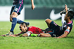 Muangthong United Forward Teerasil Dangda (l) is chased by SC Kitchee Defender Kin Man Tong (r) during the 2017 Lunar New Year Cup match between SC Kitchee (HKG) vs Muangthong United (THA) on January 28, 2017 in Hong Kong, Hong Kong. Photo by Marcio Rodrigo Machado/Power Sport Images