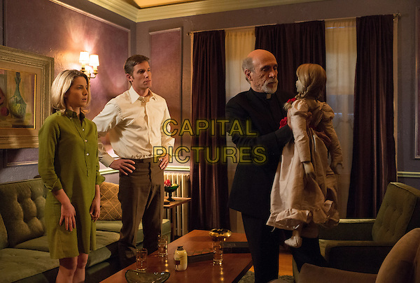 Annabelle Wallis, Ward Horton, Tony Amendola<br /> in Annabelle (2014) <br /> *Filmstill - Editorial Use Only*<br /> CAP/NFS<br /> Image supplied by Capital Pictures