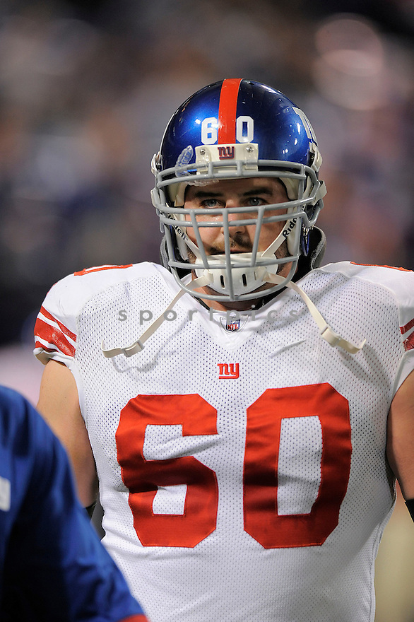 SHAUN O'HARA, of the New York Giants , in action during the Giants  game against the Minnesota Vikings on December 28, 2008 in Minneapolis, MN...Vikings win 20-19