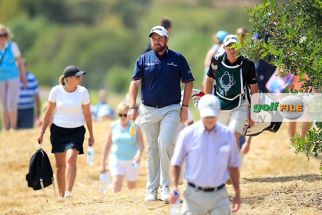 Shane Lowry (IRL) coming off the 2nd during the 1st round of the 2017 Portugal Masters, Dom Pedro Victoria Golf Course, Vilamoura, Portugal. 21/09/2017<br /> Picture: Fran Caffrey / Golffile<br /> <br /> All photo usage must carry mandatory copyright credit (&copy; Golffile | Fran Caffrey)