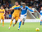 Motherwell v St Johnstone&hellip;13.08.16..  Fir Park  SPFL<br />Murray Davidson fends off Marvin Johnson<br />Picture by Graeme Hart.<br />Copyright Perthshire Picture Agency<br />Tel: 01738 623350  Mobile: 07990 594431