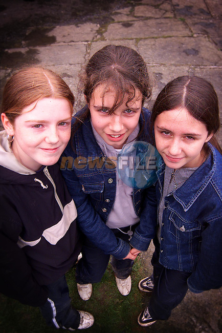 Lynn Hamilton, Stacy O'Brien and Leanne Sheridan from Duleek GNS at their tour of Sonairte which was sponsered by Drogheda Concentrates..Picture: Paul Mohan/Newsfile