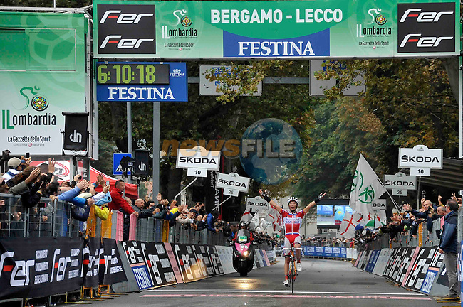 Joaquim Rodriguez (ESP) Katusha crosses the finish line to win the 2014 Tour of Lombardy in Lecco, Italy. 6th October 2013.<br /> Photo: Gian Mattia D'Alberto/lapresse/newsfile.ie<br /> 06-10-2013 Lecco<br /> Il Lombardia bicycle race
