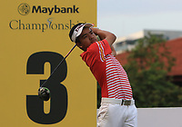 Suradit Yongcharoenchai (THA) in action on the 3rd during Round 1 of the Maybank Championship at the Saujana Golf and Country Club in Kuala Lumpur on Thursday 1st February 2018.<br /> Picture:  Thos Caffrey / www.golffile.ie<br /> <br /> All photo usage must carry mandatory copyright credit (&copy; Golffile | Thos Caffrey)