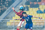 Guangzhou Forward Ricardo Goulart (L) in action against Suwon Defender Ku Jaryong (R) during the AFC Champions League 2017 Group G match Between Suwon Samsung Bluewings (KOR) vs Guangzhou Evergrande FC (CHN) at the Suwon World Cup Stadium on 01 March 2017 in Suwon, South Korea. Photo by Victor Fraile / Power Sport Images