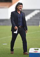 TUNJA -COLOMBIA, 22-05-2016. Leonel Alvarez técnico de Independiente Medellin durante partido contra de Boyacá Chicó por la fecha 19 Liga Águila I 2016 realizado en el estadio La Independencia en Tunja. / Leonel Alvarez coach of Deportivo Cali gestures during match against Boyaca Chico for the date 19 of Aguila League I 2016 played at La Independencia stadium in Tunja. Photo: VizzorImage/César Melgarejo/Cont