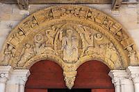 France, Aquitaine, Pyrénées-Atlantiques, Béarn, Sauveterre-de-Béarn:  Eglise Saint-André  - Tympan de l'église Saint-André  //  France, Pyrenees Atlantiques, Bearn, Sauveterre de Béarn: Saint-Andrew church, Tympanum