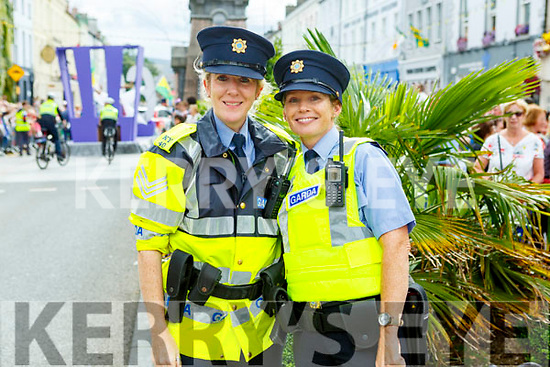 Sgt's Aoife Dolan and Grace O'Connell at the Rose Parade on Sunday.