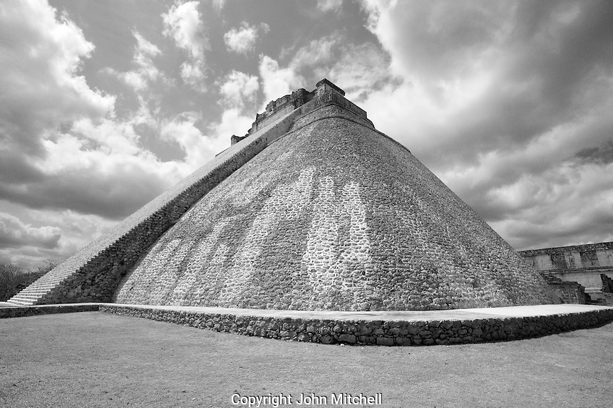 Pyramid of the Magician at the Mayan ruins of Uxmal, Yucatan, Mexico