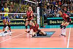 28.10.2018, TUI Arena, Hannover<br />Volleyball, Supercup, SSC Palmberg Schwerin vs. Dresdner SC<br /><br />Mareen von Ršmer / Roemer (#2 Dresden), Barbara Roxana Wezorke (#7 Dresden), Lena Stigrot (#10 Dresden) enttŠuscht / enttaeuscht / traurig <br /><br />  Foto © nordphoto / Kurth