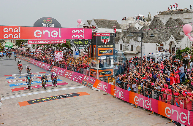Caleb Ewan (AUS) Orica-Scott outsprints Fernando Gaviria (COL) Quick-Step Floors and Sam Bennett (IRL) Bora-Hansgrohe to win Stage 7 of the 100th edition of the Giro d'Italia 2017, running 224km from Castrovillari to Alberobello, Italy. 12th May 2017.<br /> Picture: LaPresse/Simone Spada | Cyclefile<br /> <br /> <br /> All photos usage must carry mandatory copyright credit (&copy; Cyclefile | LaPresse/Simone Spada)