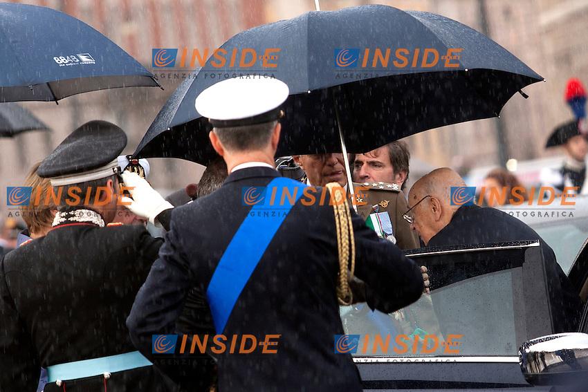 Giorgio Napolitano<br /> Roma 04-11-2014 Altare della Patria. Deposizione della corona in occasione della Festa delle forze Armate.<br /> Anniversary of the italian Army <br /> Photo Samantha Zucchi Insidefoto