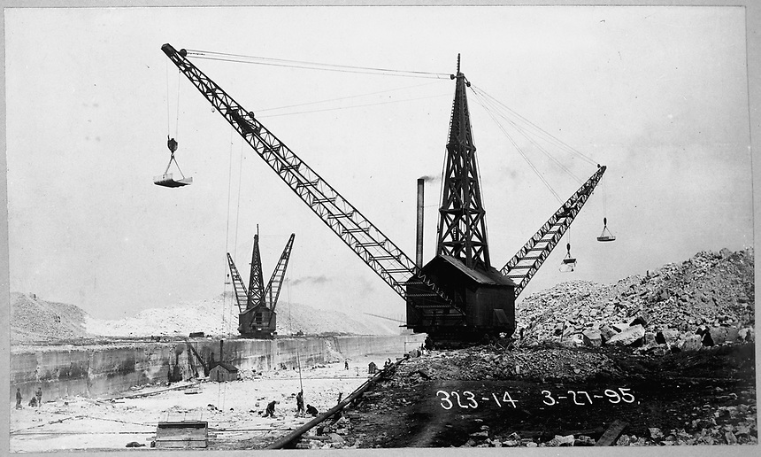 Sanitary and Ship Canal construction cranes, Chicago, Illinois, March 27, 1895.