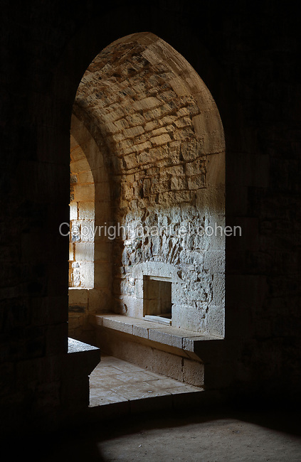 Niche with double window seat in the Lord's Chamber or Chambre Seigneuriale, built 2009, in the Great Tower or Tour Maitresse, at the Chateau de Guedelon, a castle built since 1997 using only medieval materials and processes, photographed in 2017, in Treigny, Yonne, Burgundy, France. The Guedelon project was begun in 1997 by Michel Guyot, owner of the nearby Chateau de Saint-Fargeau, with architect Jacques Moulin. It is an educational and scientific project with the aim of understanding medieval building techniques and the chateau should be completed in the 2020s. Picture by Manuel Cohen