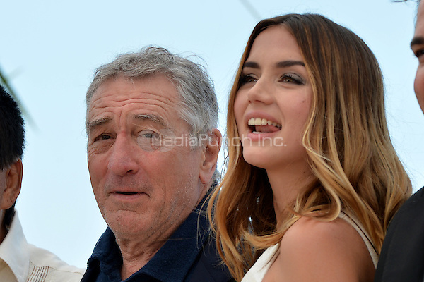 Robert de Niro and Ana de Armas at the Photocall 'Hands of Stone' - 69th Cannes Film Festival on May 16, 2016 in Cannes, France.<br /> CAP/LAF<br /> &copy;Lafitte/Capital Pictures /MediaPunch ***NORTH AND SOUTH AMERICA ONLY***