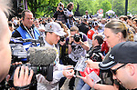 DTM Duesseldorf 2009<br /> Vorstellung und Eroeffnung<br /> <br /> Ralf Schumacher war  waehrend der Vorstellung in Duesseldorf von Pressekameras umgeben.<br /> <br /> Foto © nph (nordphoto)