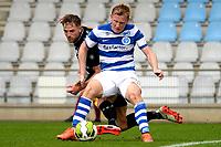 DOETINCHEM - Voetbal. De Graafschap - FC Emmen, voorbereiding seizoen 2017-2018, 12-08-2017,  FC Emmen speler Cas Peters verliest een duel