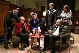 Angela Merkel zu Gast bei Jaroslaw Kaczynski.<br />  Die Serie &bdquo;Das Ohr des Vorsitzenden&ldquo; nimmt u.a. die antideutschen Ressentiments der polnischen Regierungspartei PiS aufs Korn. Millionen Polen schauen sich die Satire an.
