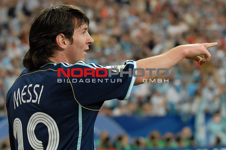 FIFA WM 2006 -  Gruppe C Vorrunde ( Group C )<br /> <br /> Play   #21 (16-Jun) - Agrentinien - Serbien / Montenego<br /> <br /> <br /> <br /> Lionel Messi (ARG)<br /> <br /> <br /> <br /> Foto &copy; nordphoto