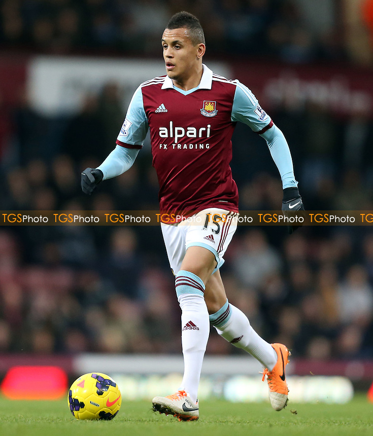 Ravel Morrison of West Ham - West Ham United vs Sunderland, Barclays Premier League at Upton Park, West Ham - 14/12/13 - MANDATORY CREDIT: Rob Newell/TGSPHOTO - Self billing applies where appropriate - 0845 094 6026 - contact@tgsphoto.co.uk - NO UNPAID USE