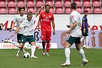 Niclas Füllkrug / Fuellkrug (Werder Bremen #11) Yuya Osako (Werder Bremen #08), Karim Onisiwo (FSV Mainz 05 #21)<br /> <br /> <br /> Sport: nphgm001: Fussball: 1. Bundesliga: Saison 19/20: 33. Spieltag: 1. FSV Mainz 05 vs SV Werder Bremen 20.06.2020<br /> <br /> Foto: gumzmedia/nordphoto/POOL <br /> <br /> DFL regulations prohibit any use of photographs as image sequences and/or quasi-video.<br /> EDITORIAL USE ONLY<br /> National and international News-Agencies OUT.