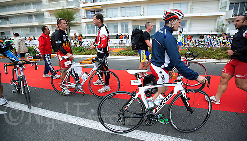18 SEP 2011 - LA BAULE, FRA - Competitors leave transition at the end of the Triathlon Courte Distance (Olympic or standard distance) at the 24th Triathlon Audencia in La Baule, France .(PHOTO (C) NIGEL FARROW)