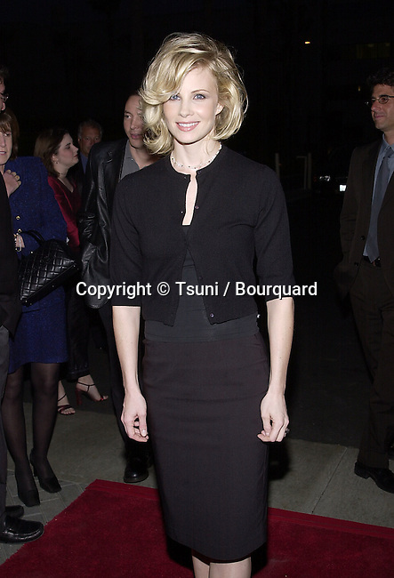 "Monica Potter arriving at the premiere of ""Along Came a Spider""  in the Paramount Lot in Los Angeles   4/2/2001   © Tsuni          -            PotterMonica04.jpg"