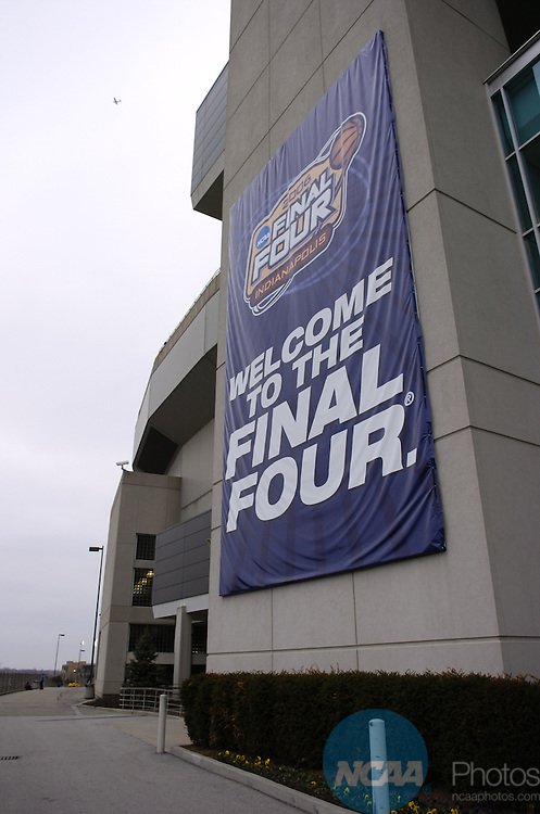 31 MAR 2006: Epicenter pep rally and various signage, fans, bands and room sign ups at the RCA Dome  during the 2006 Men's Division I Final Four in Indianapolis, IN. Stephen Nowland/NCAA Photos