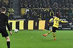 09.03.2019, Signal Iduna Park, Dortmund, GER, DFL, 1. BL, Borussia Dortmund vs VfB Stuttgart, DFL regulations prohibit any use of photographs as image sequences and/or quasi-video<br /> <br /> im Bild Marco Reus (#11, Borussia Dortmund) macht das Tor zum 1:0<br /> <br /> Foto &copy; nph/Mauelshagen