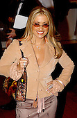 Pop singer Anastacia poses for photographs at the Kennedy Center for the Performing Arts in Washington, DC on December 7, 2003.  The Kennedy Center is holding its annual awards gala to celebrate the arts. .Credit: Ron Sachs / CNP