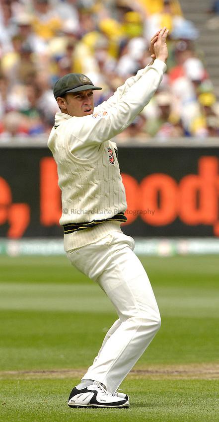 Photo: Steve Holland..Australia v England. 3 mobile Test Series, The Ashes 2006/07, 4th Test. 28/12/2006..Australia's Matthew Hayden misses a catch.
