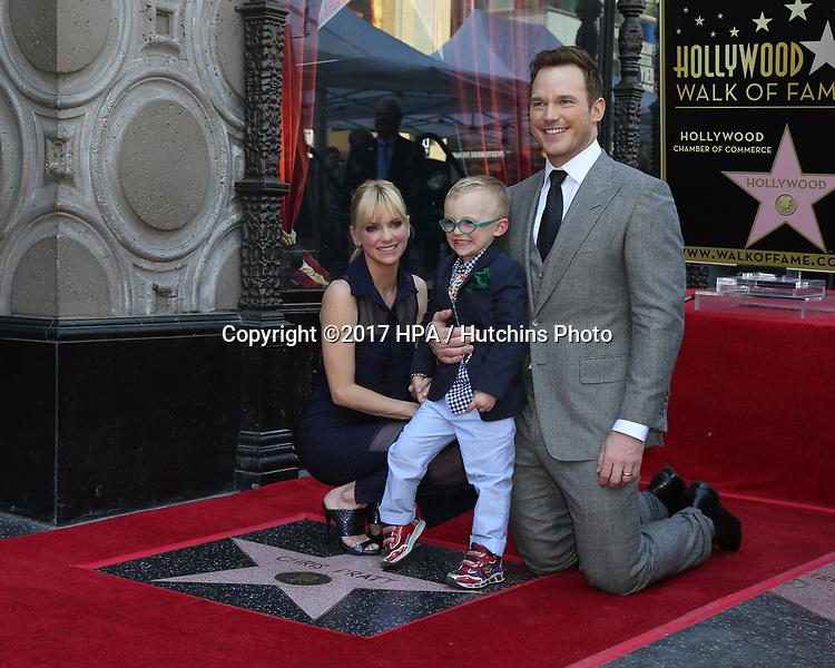 LOS ANGELES - APR 21:  Anna Faris, Jack Pratt, Chris Pratt at the Walk of Fame Star Ceremony on the Hollywood Walk of Fame on April 21, 2017 in Los Angeles, CA