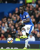 1st October 2017, Goodison Park, Liverpool, England; EPL Premier League Football, Everton versus Burnley; Idrissa Gueye of Everton threads a forward pass in midfield