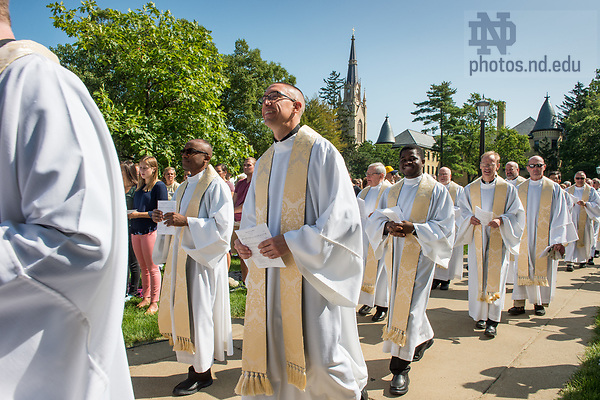 August 26, 2017; Last Day of ND Trail and Mass on Bond Hall. (Photo by Barbara Johnston/University of Notre Dame)