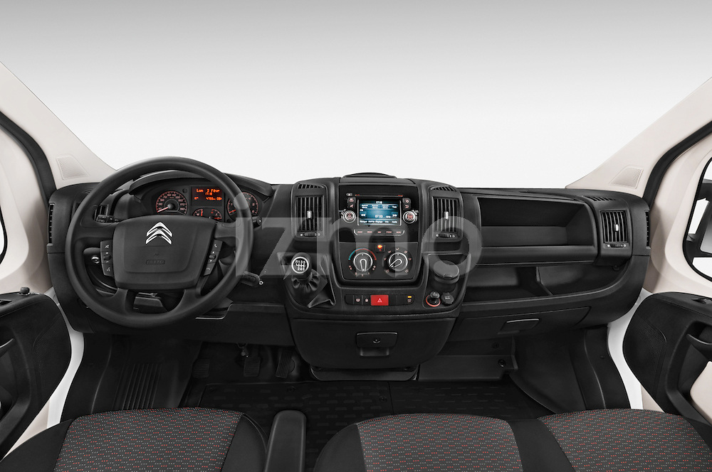 Stock photo of straight dashboard view of a 2015 Citroen JUMPER L2H2 5 Door Cargo Van Dashboard