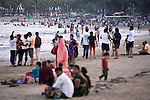 Nagoa Beach is popular with tourists, and has a number or resorts that serve alcohol beside it. Gujarat is a 'dry' state, so Diu is a convenient getaway from the rules and regulations.